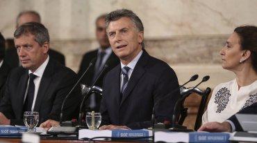 Me comprometo a publicar todos  los datos, área por área, para que todos los argentinos sepan el Estado  en que se encontraba el país en diciembre de 2015.