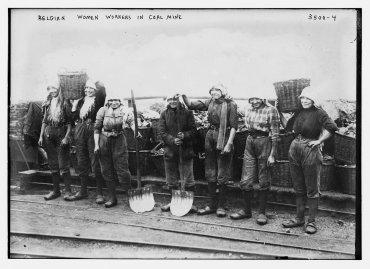 Trabajadoras en una mina de carbón, en Belgica, 1910-15