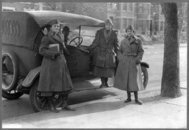 Miembros de The women´s Radio Corps en febrero de 1919