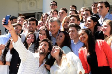 Mauricio Macri encabezó el acto inaugural del ciclo lectivo en la Facultad de Derecho de Rosario