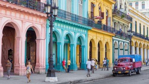 Cuba ahora recibe a los viajeros de Airbnb.