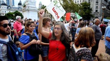Marcha a Plaza de Mayo por los 40 años del golpe