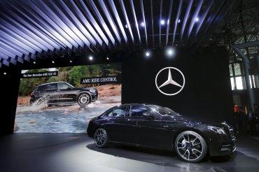 En el stand de Mercedes Benz se presentó elAMG Coupe 43 GLE