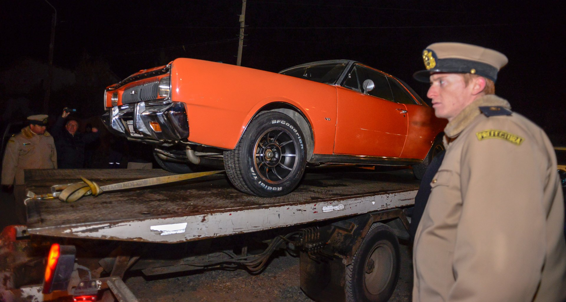 Autos de colección: además de la Dodge GTX cupé había un Torino gris y un Ford Falcon negro