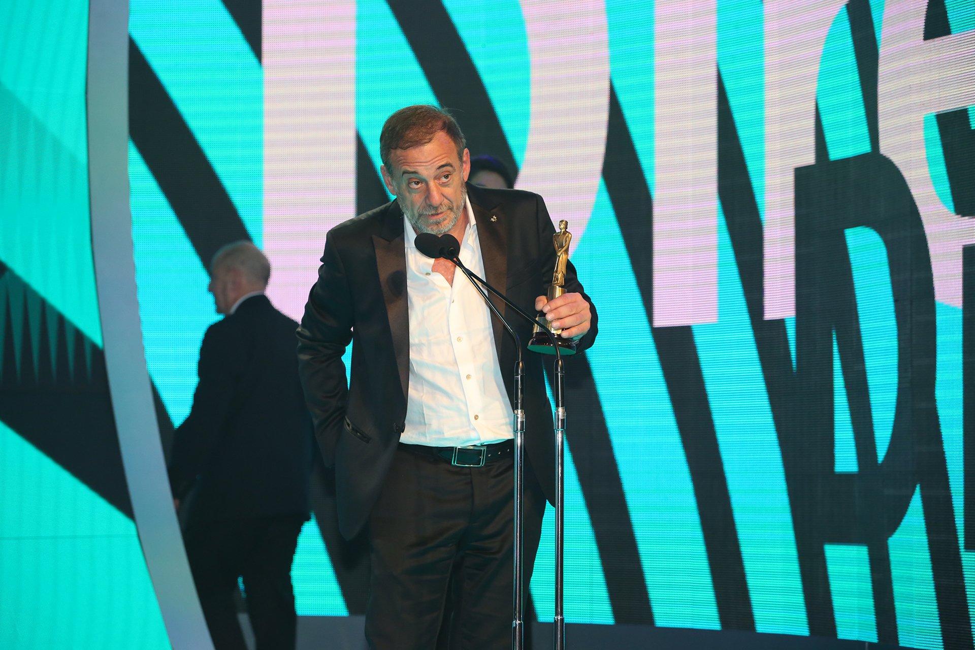 Alejandro Awada, ganador del Martín Fierro 2016 en la categoría Actor protagonista de unitario.