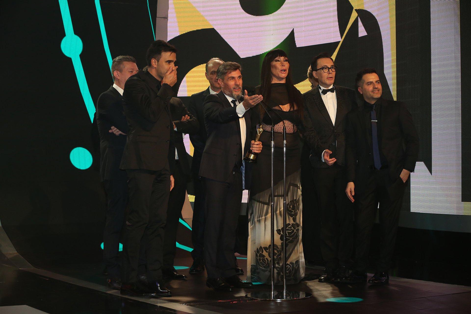 Federico Hope, Pablo Chato Prada y Claudio Salomone, parte del equipo de ShowMatch queganó el Martín Fierro 2016 en la categoría Reality Show.