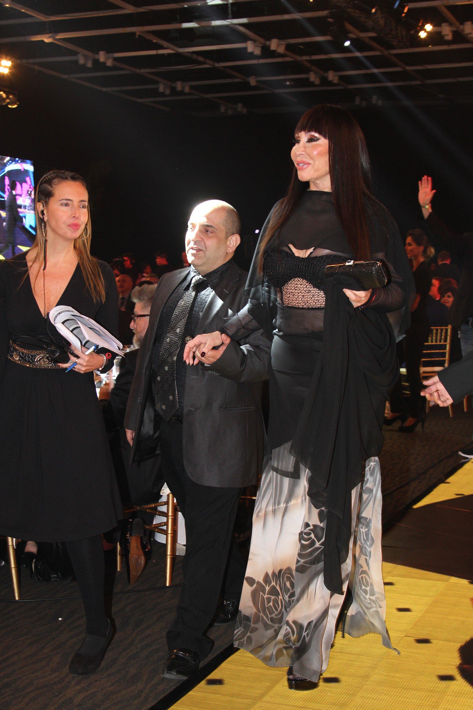 Moria Casán, en la noche de los Martín Fierro, subió a recibir el premio que obtuvo ShowMatch como Reality Show del año