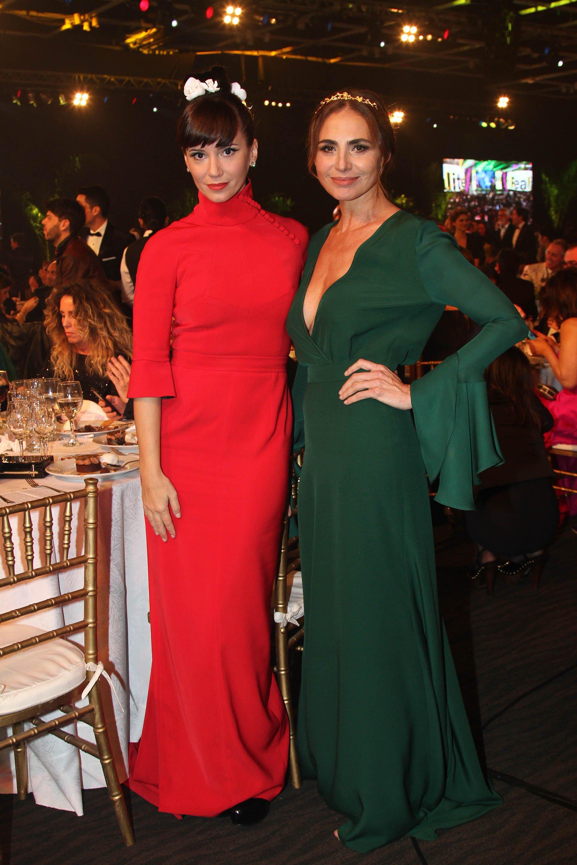 Las actrices Griselda Siciliani y Natalia Lobo, entre las más lindas de la noche de la televisión argentina.