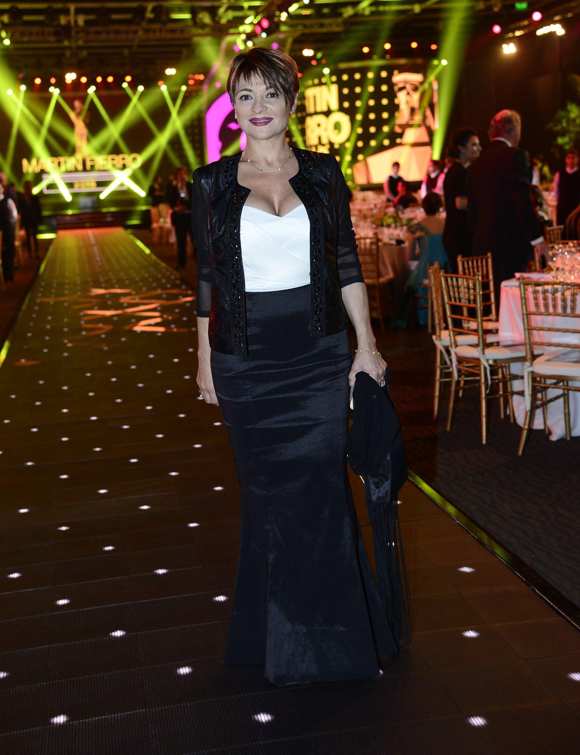 La locutora de Marcelo Tinelli y panelista reconocida, una de las figuras del espectáculo presentes en la noche de la celebración convocada por APTRA.