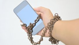 Cada persona consulta su teléfono una media de 150 veces al día